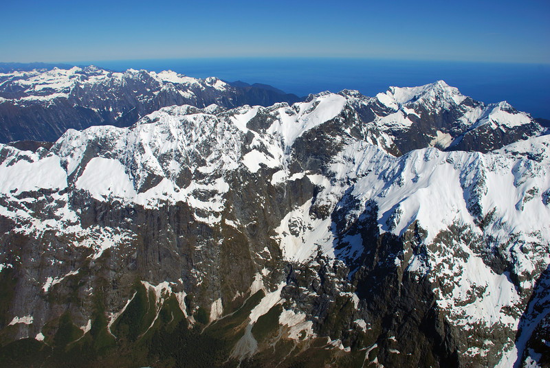 View from the summit ridge of Mount Tutoko: Llawrenny Peaks, Mount Grave, Mount Pembroke