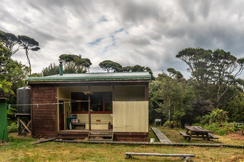 Percy Burn Hut. South Coast Track, Fiordland National Park.