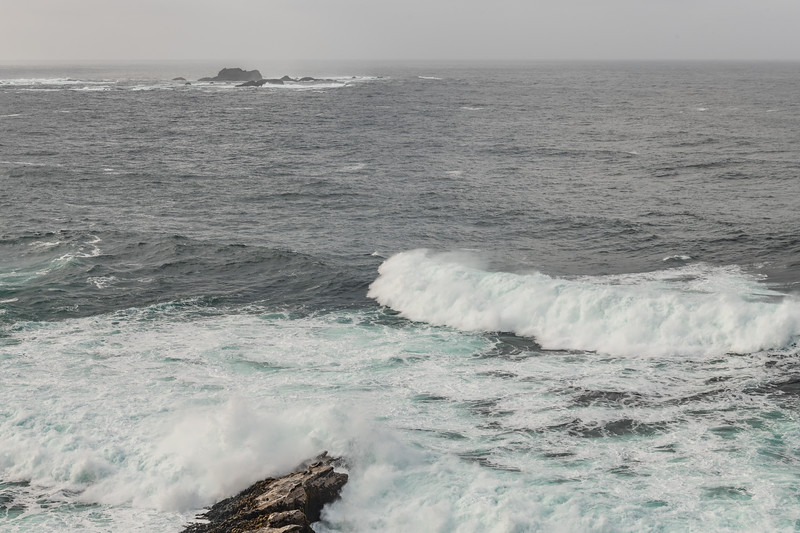 Rough seas at Puysegur Point