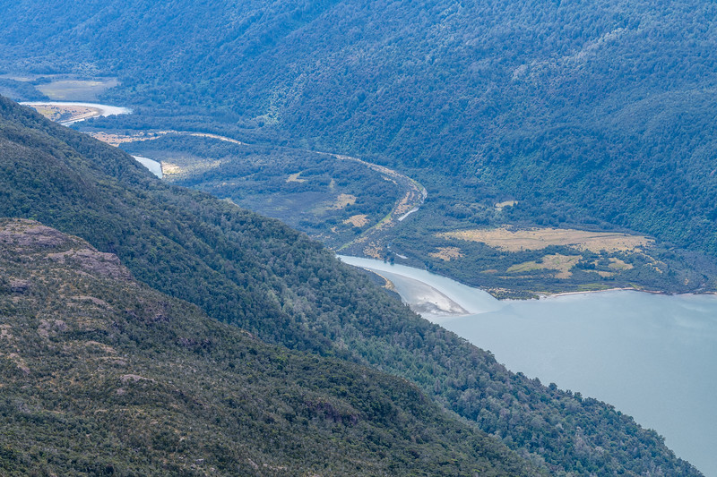The Pyke River flows into Lake Alabaster. View from the Skippers Range, Fiordland National Park.