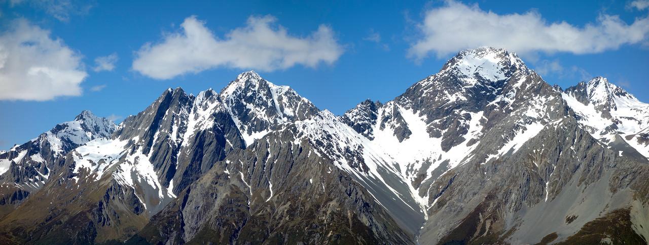 Naumann Range panorama from the SE ridge of Boanerges