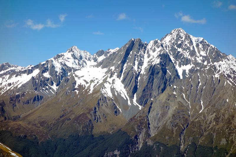 Mt Glenisla, the Dasler Pinnacles and Mt Glencairn from the SE ridge of Boanerges