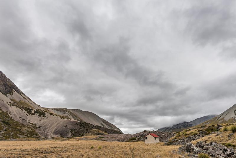Snowy Gorge Hut