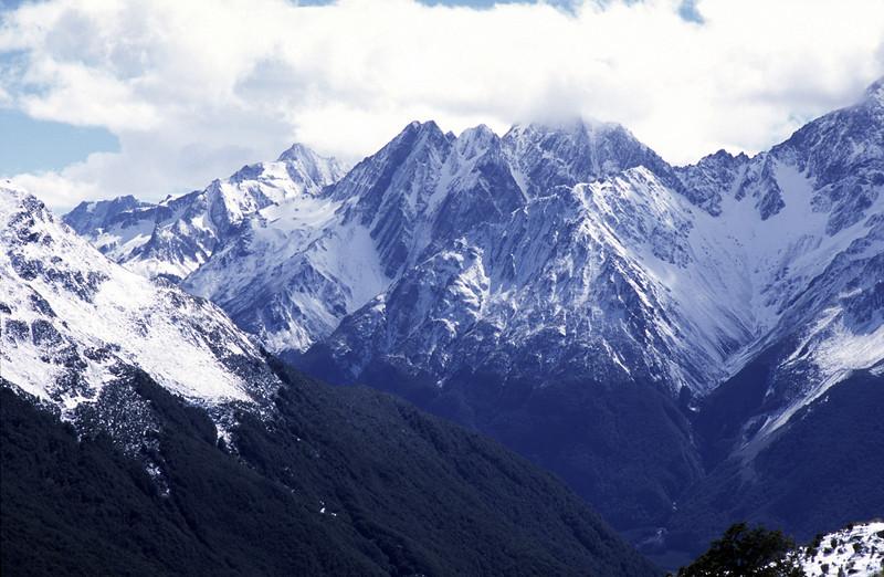 Naumann Range: Mt Glenisla, Dasler Pinnacles and Mt Glencairn (in cloud)