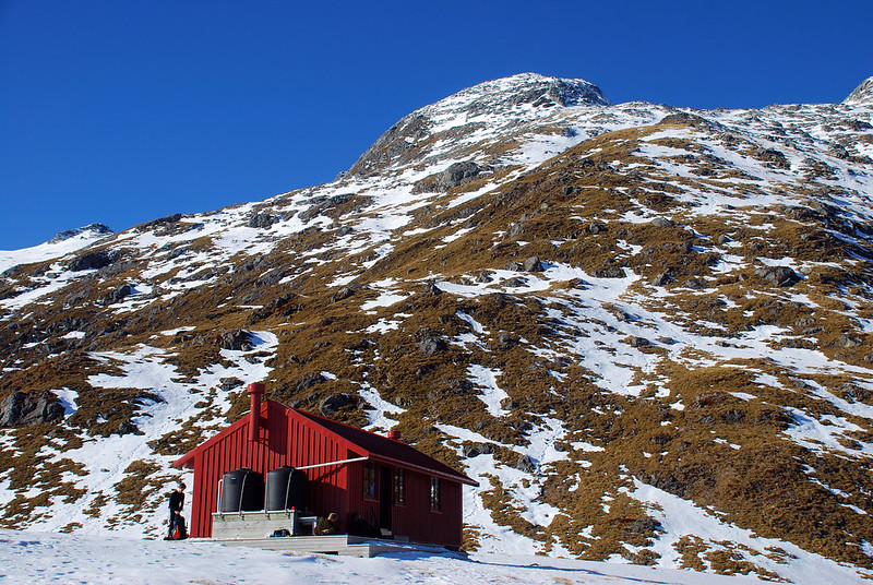 Brewster Hut on the north-west ridge of Mt Armstrong