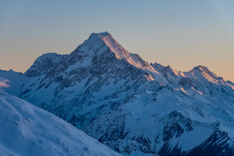 Aoraki / Mount Cook and Mount Haidinger from the east ridge of Mount Brown