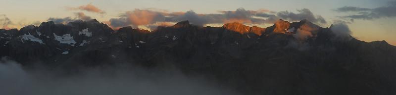 North Huxley peaks at sunset. McNulty Peak, Taiaha Peak and Boanerges