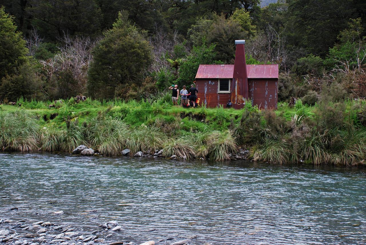 Tunnel Creek Hut, Paringa River