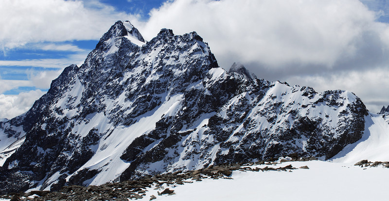Mt Huxley from the saddle between the South Temple and the Ahuriri