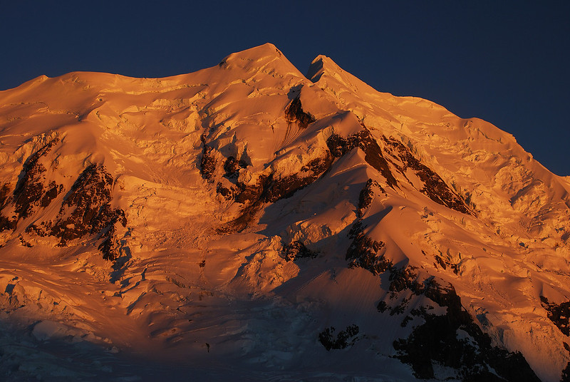First sun light on Silberhorn and Mount Tasman from the Grand Plateau