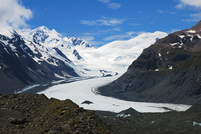 The head of the Tasman Glacier from the top of the moraine on Haast Ridge. Mt Élie de Beaumont (left) and Hochstetter Dome (right)