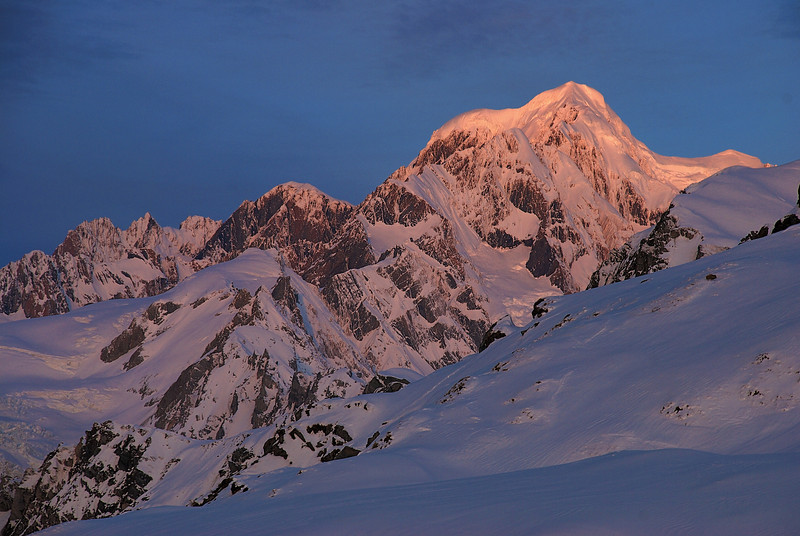 Evening light on Mt Haast, Lendenfeld Peak, Mt Tasman, Silberhorn
