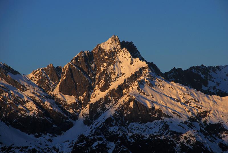 Sunrise on Lyttle Peak