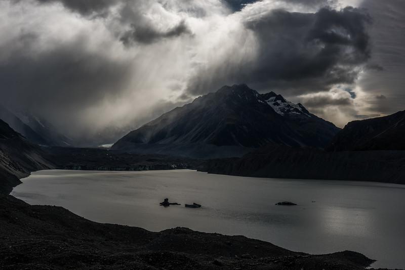 Tasman Lake and Novara Peak