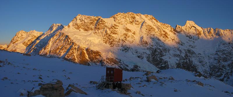 Mueller Hut toilet. Peaks on the skyline are (from left to right): Mt Bannie, Mt Isabel, Maunga Ma, Eagle Peak, Mt Thomson