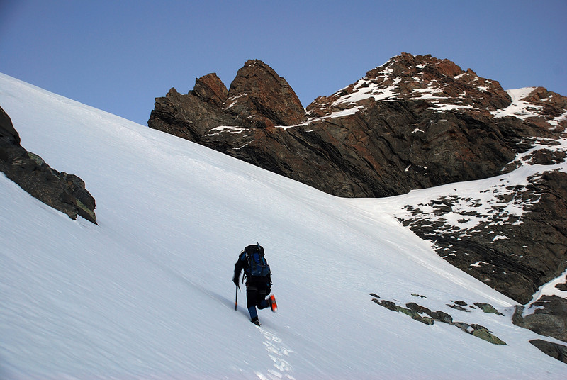 On the steep snow-slope leading to Sladden Saddle