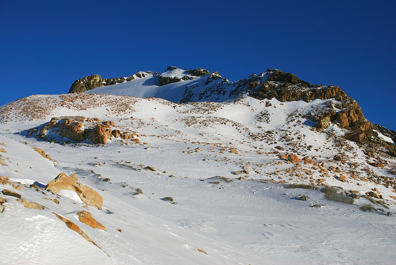 The unnamed peak (ca 2450m) at the top of the Annette Plateau, just north of Barrow Col