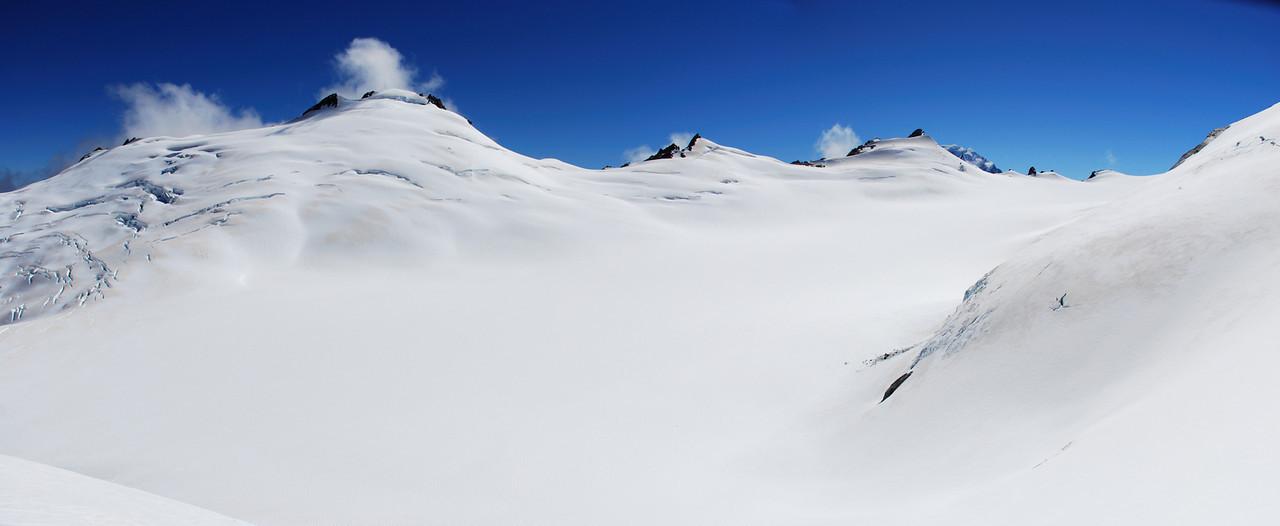 Horace Walker Glacier head from Wicks Col. Splinter Peak is right in front of Mt Cook.