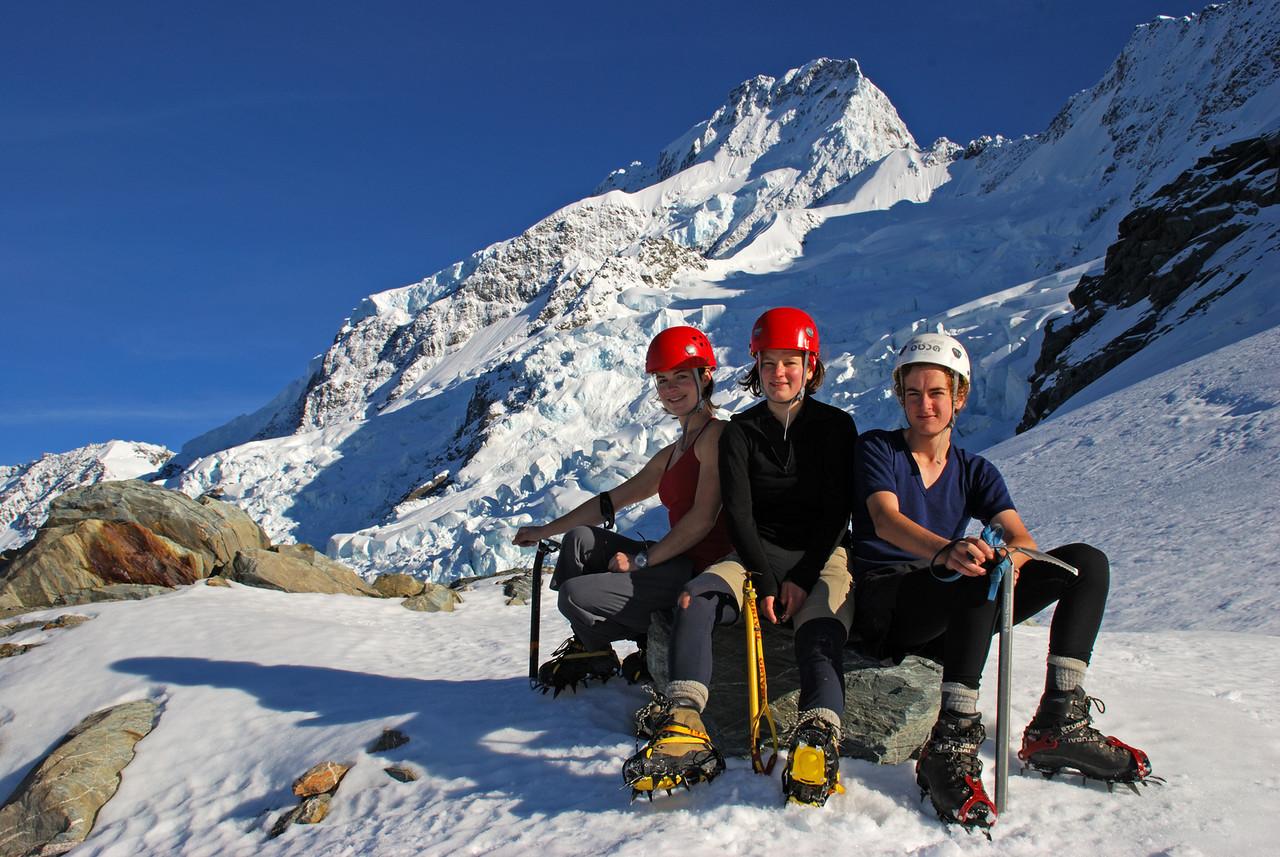 Michelle, Nina, Jaz in front of Mount Sefton