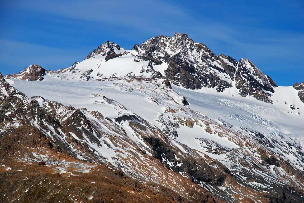 Mueller Hut and Mount Sealy