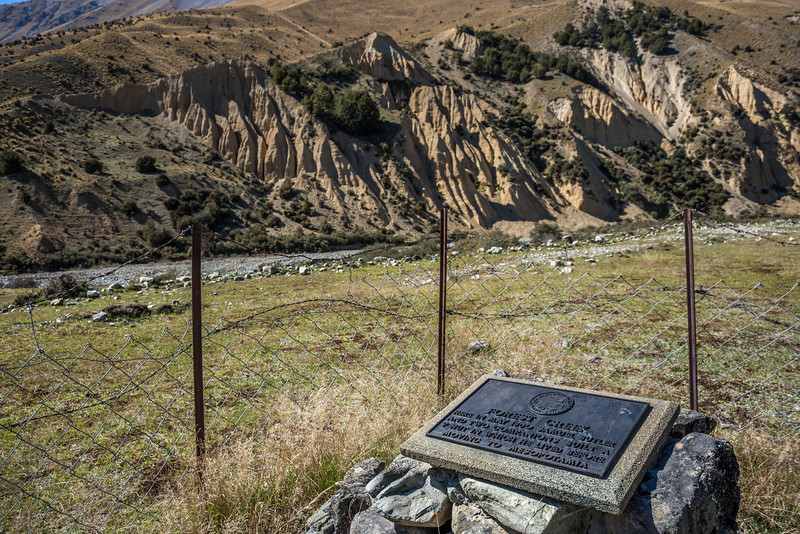 The site of the historic Butler's 'V' Hut, at the confluence of Butlers Creek and Forest Creek. There's only a plaque, nothing else to see.