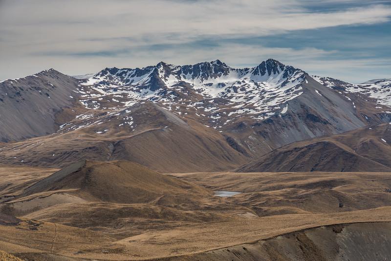 Braun-Elwert Peak (centre) and Mount Hope (right), Two Thumb Range, from Bullock Bow Saddle.