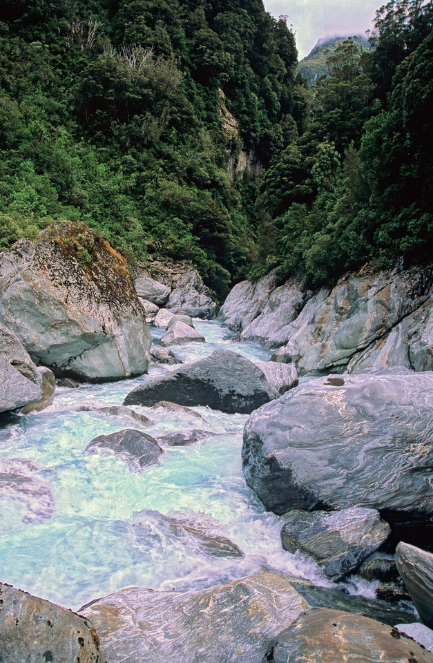 Windhover Gorge, Waitaha River