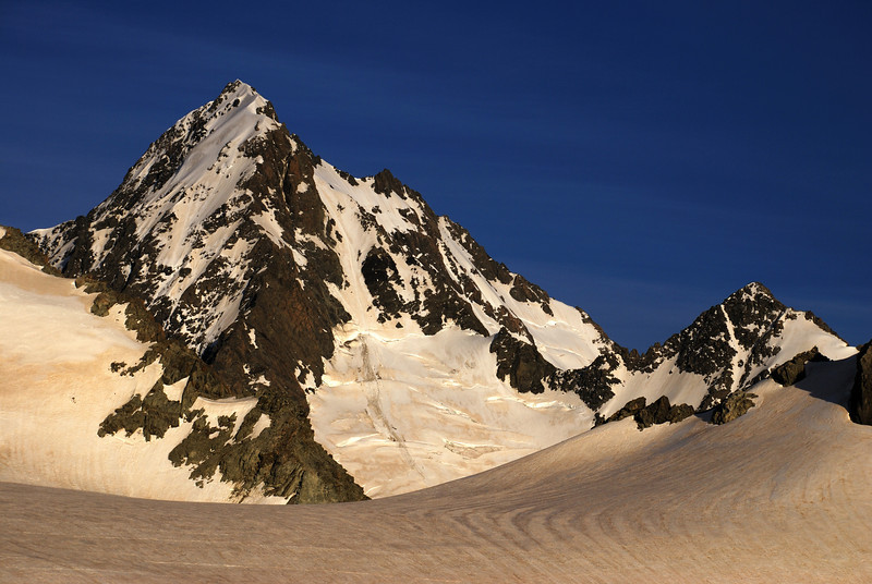 Mt D'Archiac, Revelation Col and The Onlooker from the Murphy Glacier