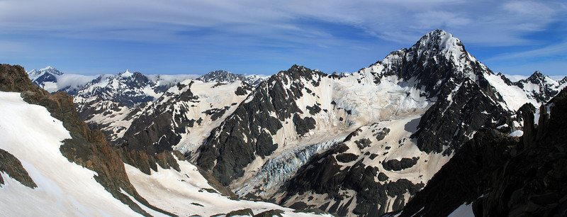 Looking west from the pass north of Mt Forbes. From left to right are Mt Elie De Beaumont, Mt Moffat, Mt Loughnan and Mt D'Archiac