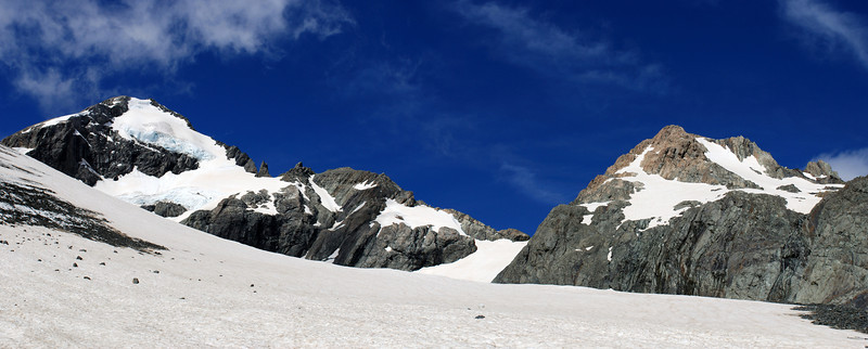 Godley Glacier head. McClure Peak, Terranova Pass and Pyramus Peak.