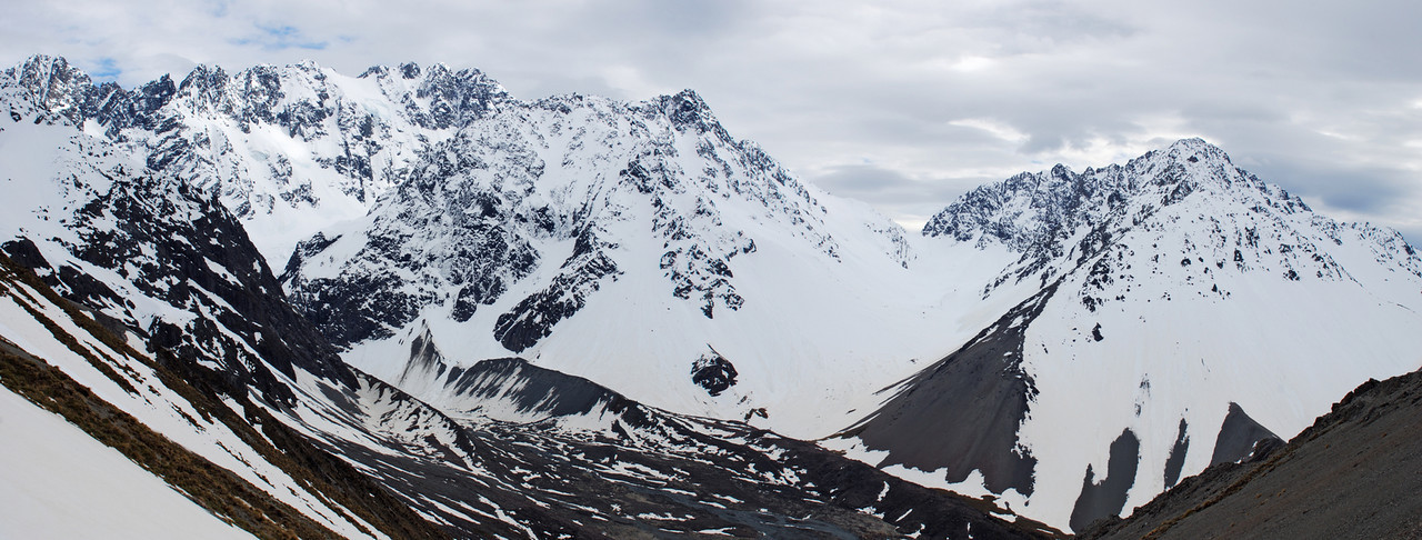 Looking north from Spean Stream Saddle: Couloir Peak, Jagged Peak, Tent Peak and the Marquee