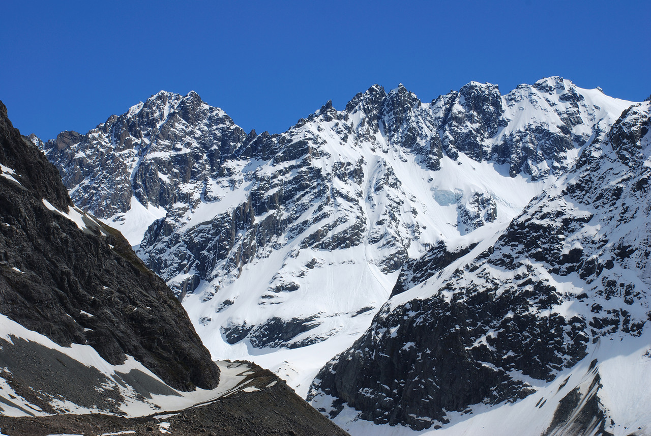 Couloir Peak and The Twins