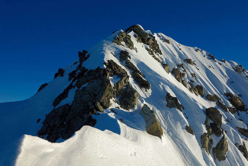 The top section of Mt Arrowsmith's south west ridge