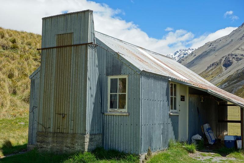 Top Hut, South Branch Ashburton River / Hakatere