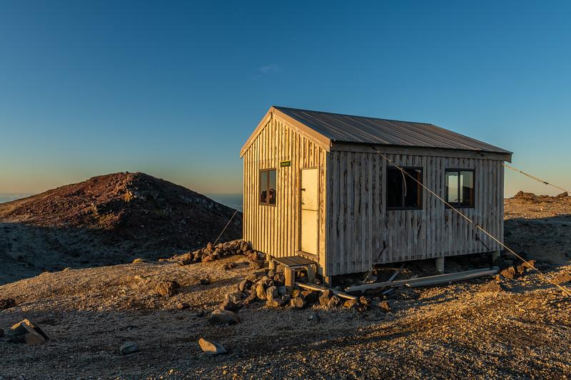 Syme Hut on Fanthams Peak, Taranaki