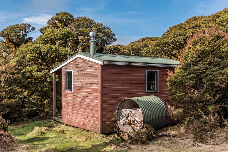 Manuoha Hut