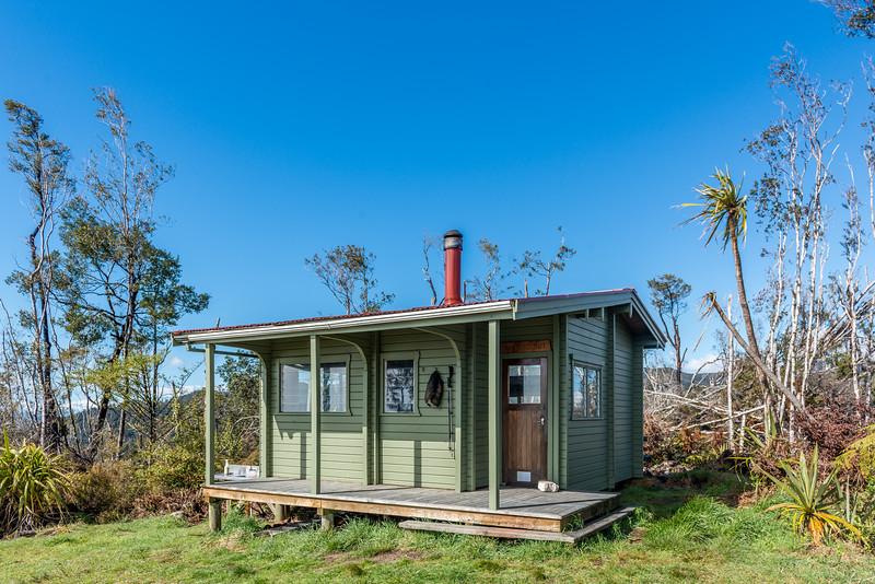Awapoto Hut, Abel Tasman Inland Track