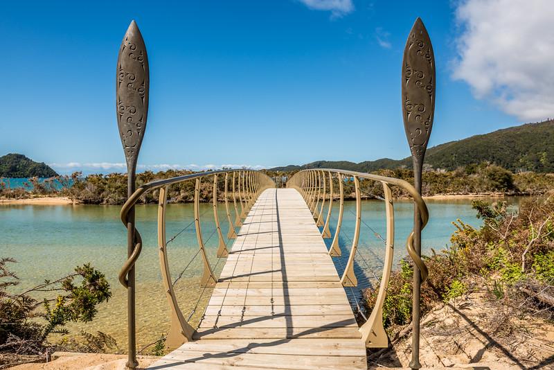 Onetahuti Beach bridge
