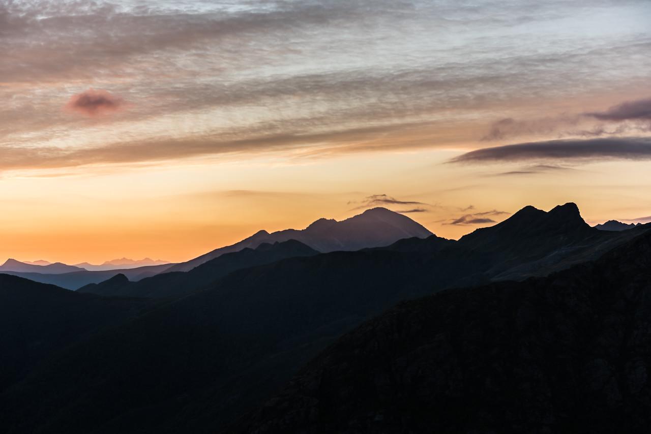 Mounty Snowdon and the Drunken Sailors at dawn.