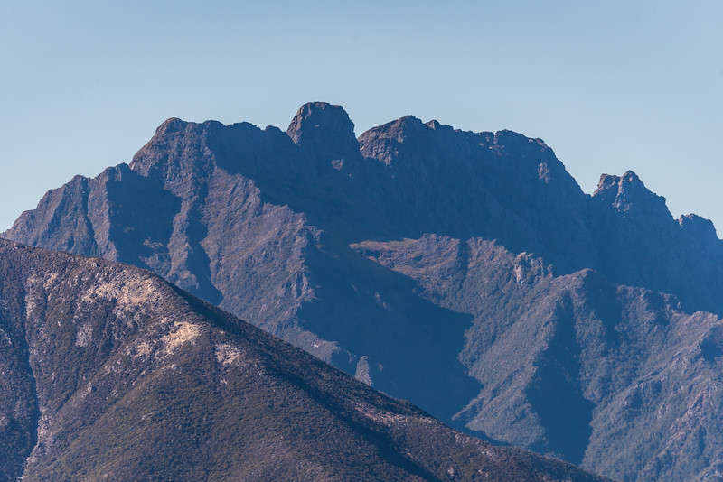 View of the Dragons Teeth and Anatoki Peak, Douglas Range, from Perry Saddle.