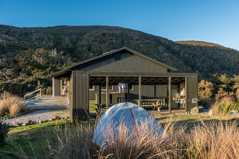 Perry Saddle Hut. Heaphy Track, Kahurangi National Park.