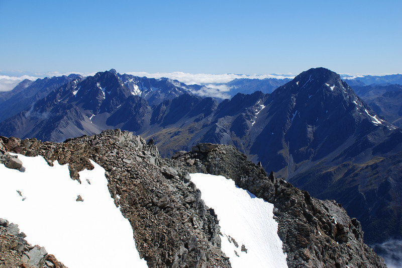 View from Mt Franklin: Mt Cupola (front) and Mt Hopeless (back), perfectly aligned behind each other on the left, and Travers Peak (right)