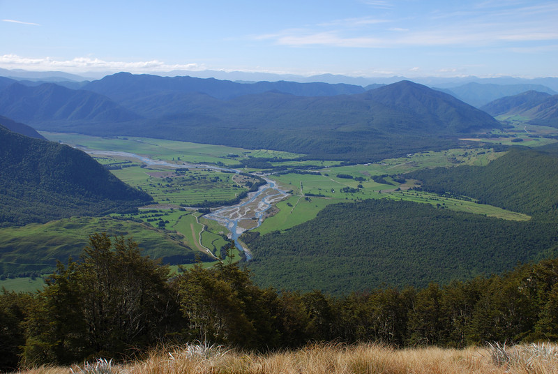 Matakitaki Station river flats from Ella tops