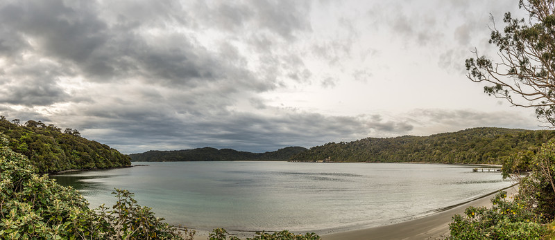 Magnetic Beach, Port William / Potirepo