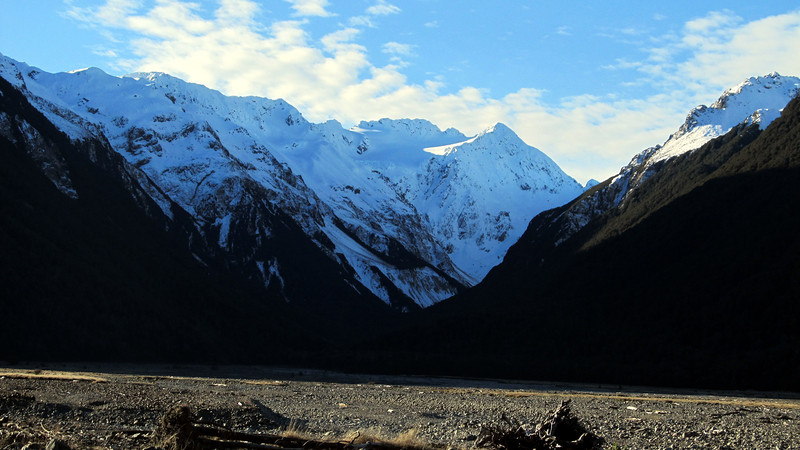 Looking up the Crow River towards Rolleston (Rome Ridge on the right) on the walk out the Waimak.