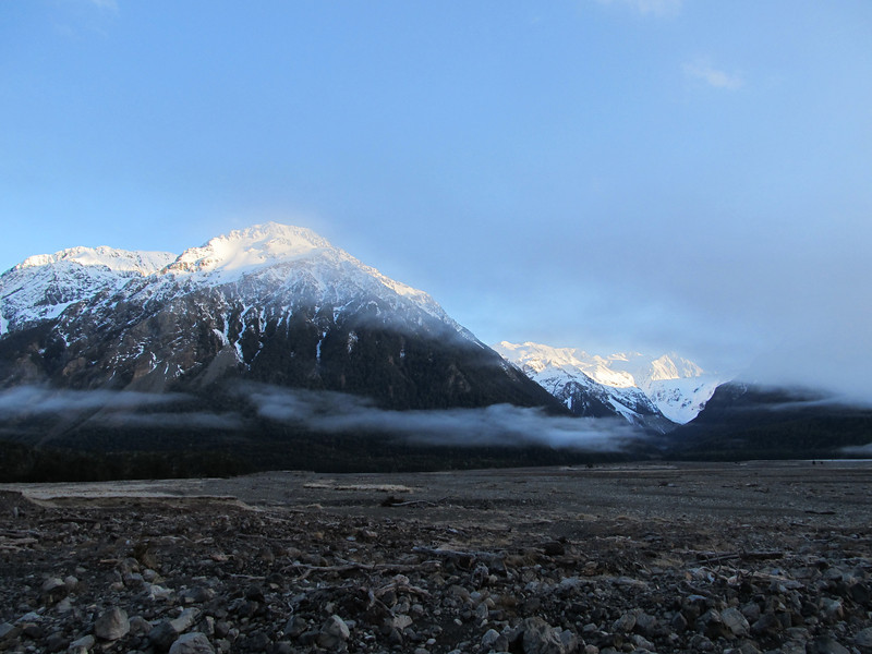 Early morning in the Waimak.