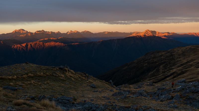 The AP peaks Rolleston, Armstrong, Carrington, Murchison, Davie and Rosamond at sunrise.