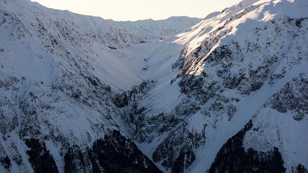 Taipoiti gorge and Harmann Pass.