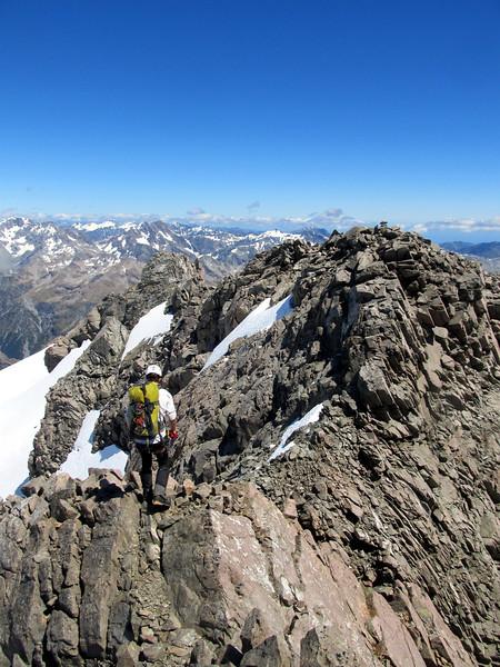 Final ridge traverse to the summit.