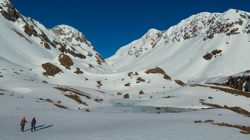 Ariels Tarns and Whitehorn Pass above.